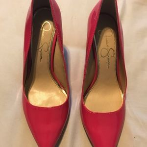 Jessica Simpson hot pink pumps